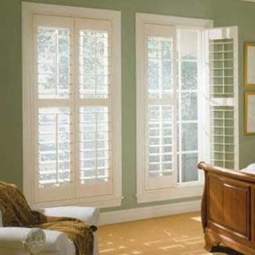 Simple and elegant plantation shutters that perfect for every style 11