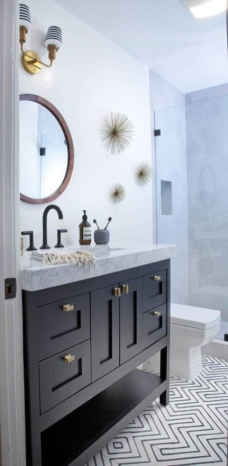 Adorable round mirror designs to brighten up your small space 17