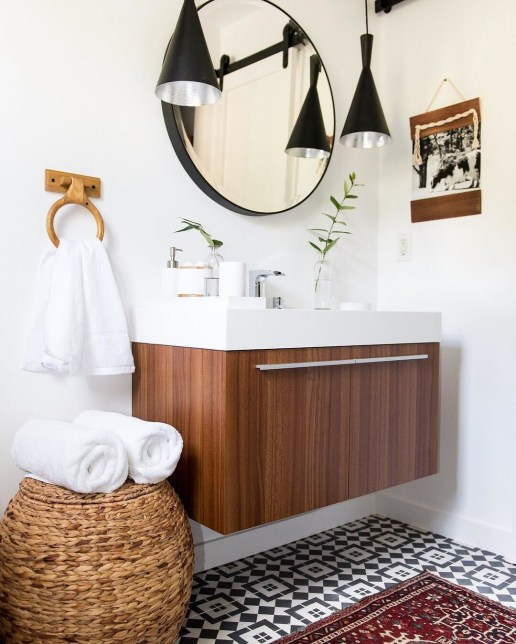 Adorable round mirror designs to brighten up your small space 31
