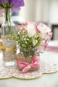 Cheerful ways to use mason jars this spring 13
