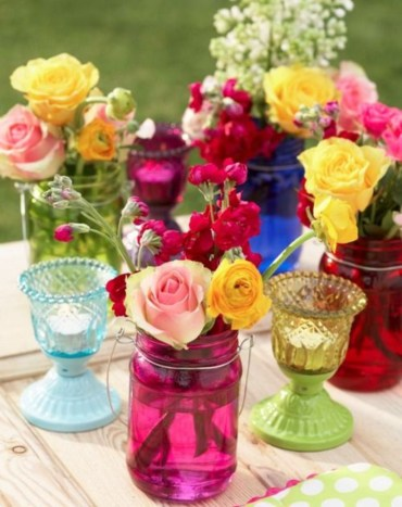 Cheerful ways to use mason jars this spring 19