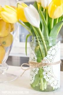 Cheerful ways to use mason jars this spring 23