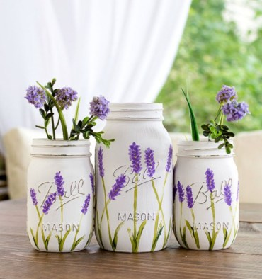 Cheerful ways to use mason jars this spring 32