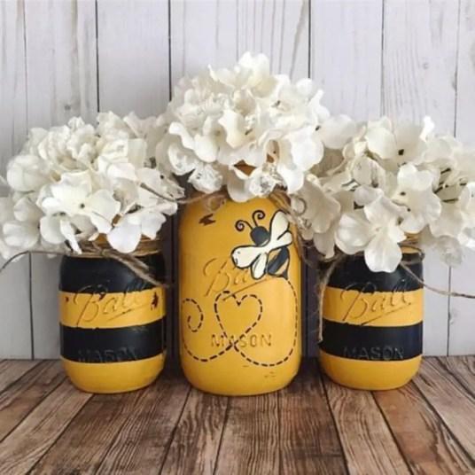 Cheerful ways to use mason jars this spring 47