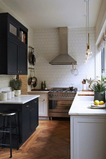 Modern herringbone pattern to give unique elements to your kitchen 13