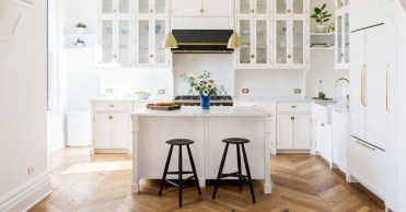 Modern herringbone pattern to give unique elements to your kitchen 21