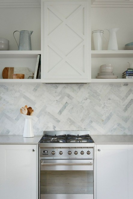 Modern herringbone pattern to give unique elements to your kitchen 45