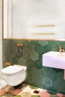 Unique honeycomb tile to give your bathroom a new look 17