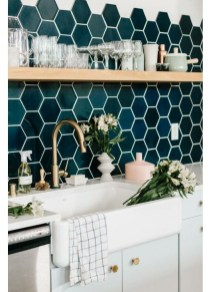 Unique honeycomb tile to give your bathroom a new look 29