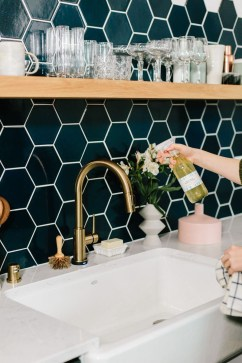 Unique honeycomb tile to give your bathroom a new look 33