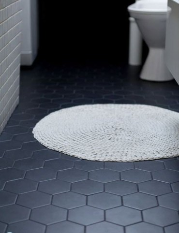 Unique honeycomb tile to give your bathroom a new look 43