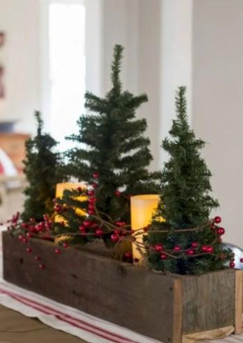 Adorable farmhouse christmas decor ideas 05