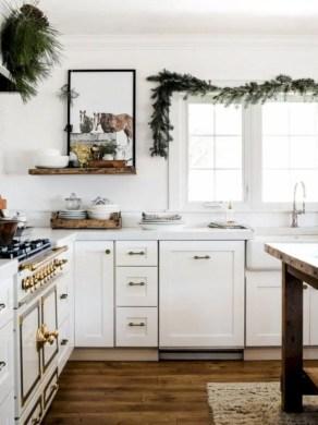Adorable farmhouse christmas decor ideas 07