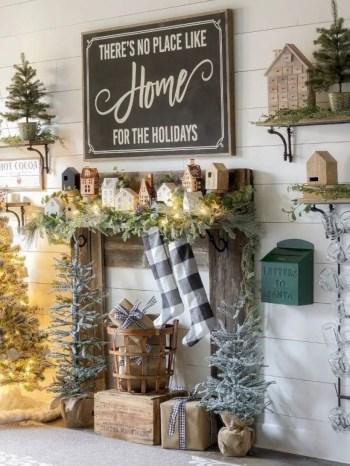 Adorable farmhouse christmas decor ideas 16