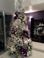Awesome silver and white christmas tree decorating ideas 45