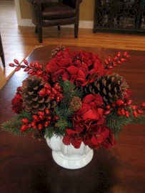 Beautiful christmas centerpiece ideas you should try 22