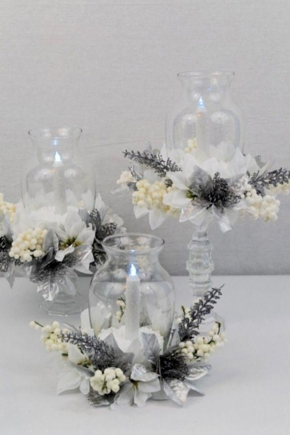Beautiful christmas centerpiece ideas you should try 24