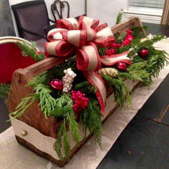Beautiful christmas centerpiece ideas you should try 47