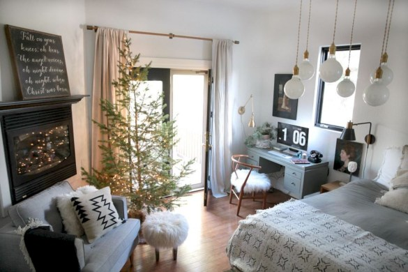 Beautiful christmas decor for small space 07