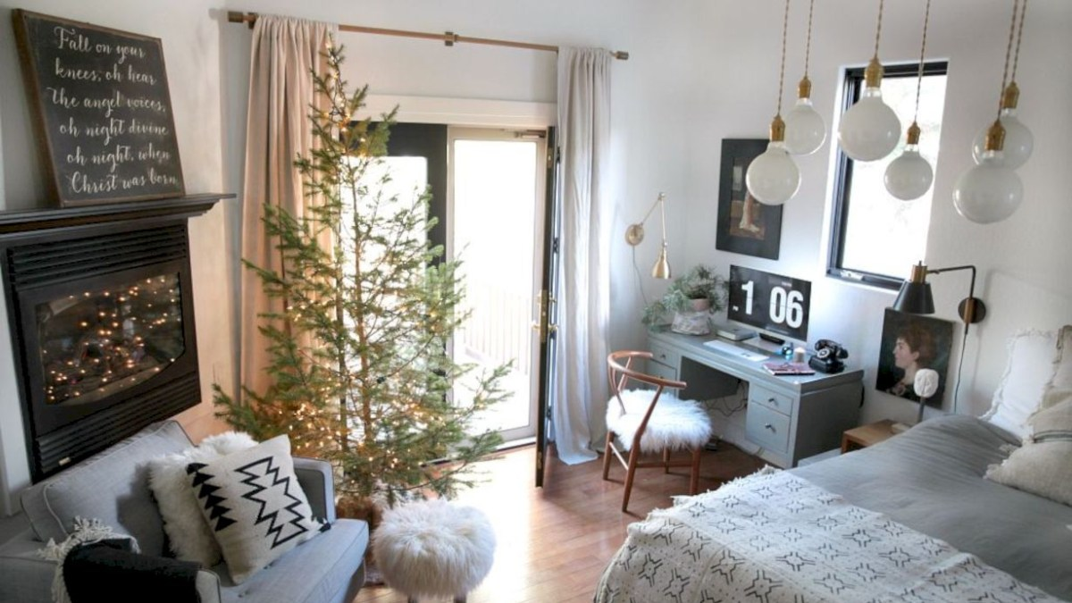 51 Beautiful Christmas Decor for Small Space