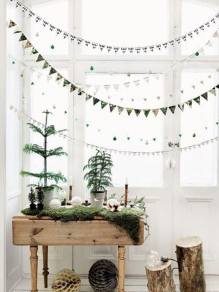 Beautiful christmas decor for small space 19