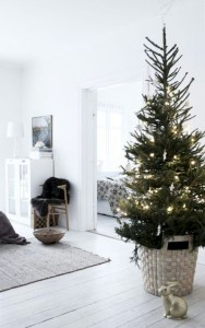 Beautiful christmas decor for small space 23