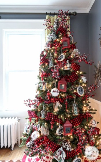 Beautiful christmas tree decoration ideas to see 05