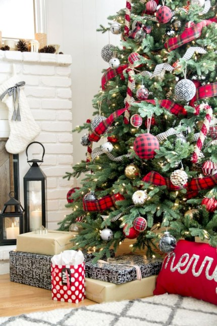 Beautiful christmas tree decoration ideas to see 08