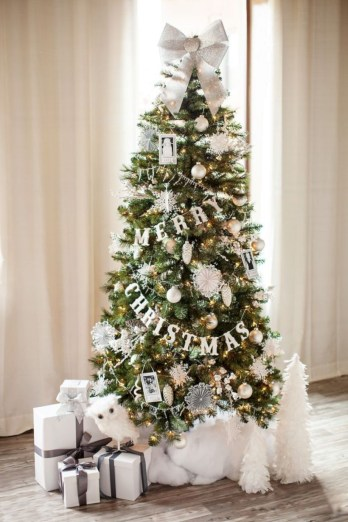 Beautiful christmas tree decoration ideas to see 18