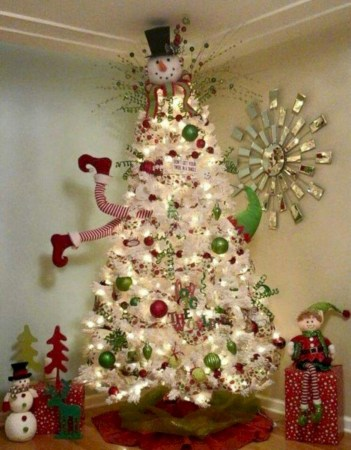 Beautiful christmas tree decoration ideas to see 28