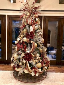 Beautiful christmas tree decoration ideas to see 32