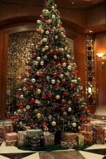 Beautiful christmas tree decoration ideas to see 45