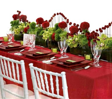 Beautiful winter table decoration ideas for a romantic dinner 14
