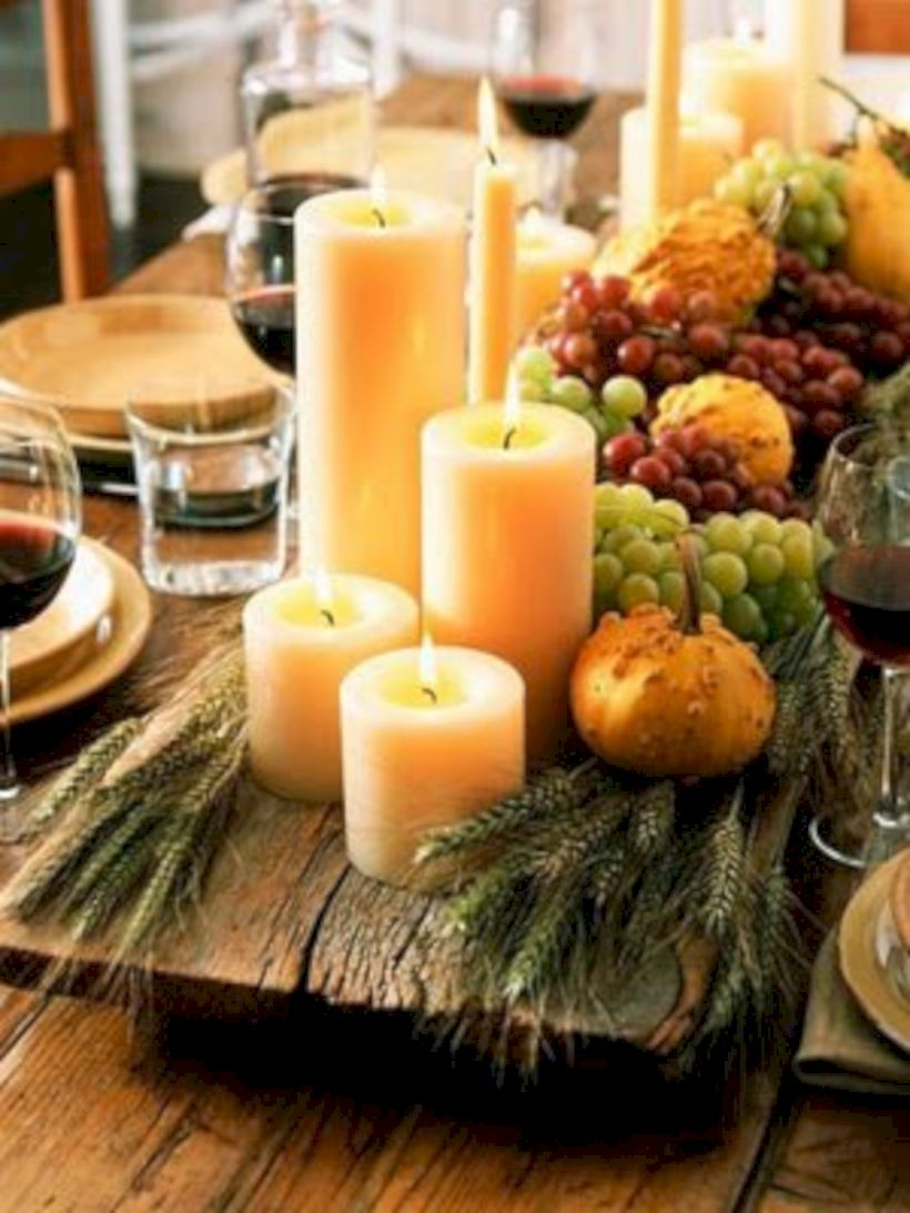 Beautiful winter table decoration ideas for a romantic dinner 36