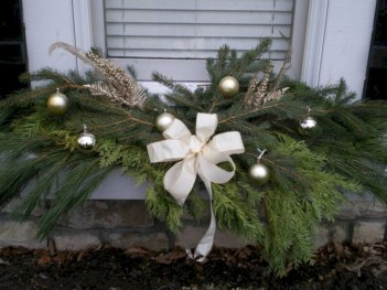 Colorful winter planters for your outdoor decorations 03