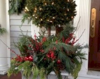 Colorful winter planters for your outdoor decorations 20