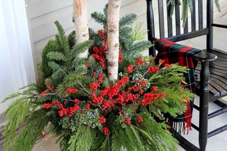 Colorful winter planters for your outdoor decorations 28
