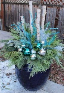 Colorful winter planters for your outdoor decorations 32