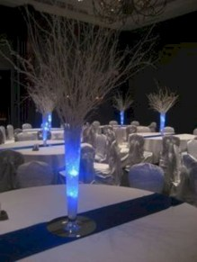Easy winter centerpiece decoration ideas to try 06