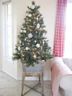 Genius ways to repurpose galvanized buckets this christmas 28