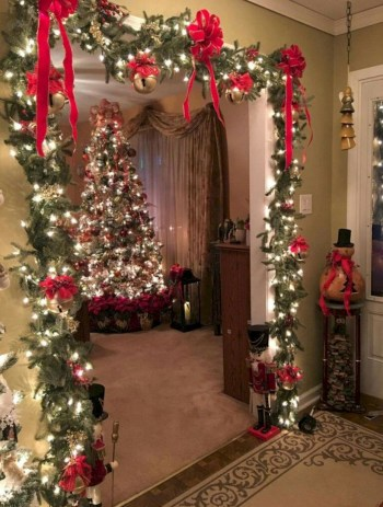 Stunning christmas decoration ideas in 2018 41