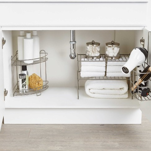 Ways to organizing your chaotic linen closet 12