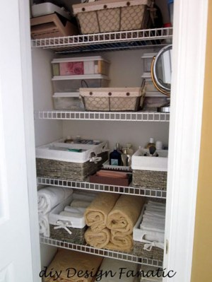 Ways to organizing your chaotic linen closet 25