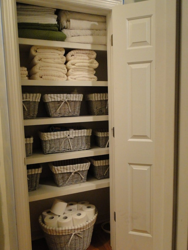 Ways to organizing your chaotic linen closet 42