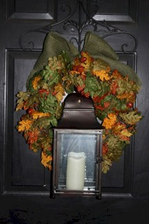 Winter christmas wreath to compliment your door 13