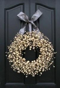 Winter christmas wreath to compliment your door 23