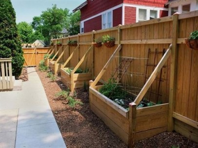 Beautiful yet functional privacy fence planter boxes ideas 12