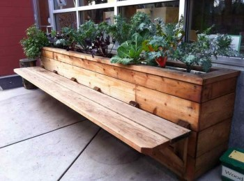 Beautiful yet functional privacy fence planter boxes ideas 35