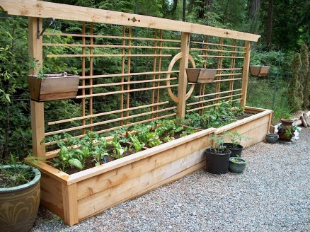 Beautiful yet functional privacy fence planter boxes ideas 44
