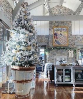 Charming winter decoration ideas 25